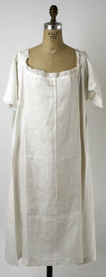 Chemise c. 1780, from the Metropolitan Museum of Art.