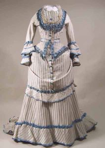 The 1871-3 three-piece-gown described and patterned in Janet Arnold's book. (Photo found on Pinterest, from manchestergalleries.org,but I can't find the original entry.)