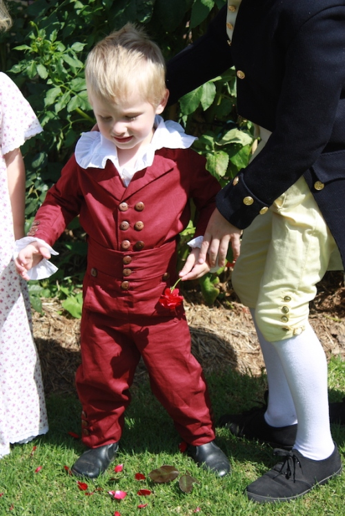 The finished outfit, as worn to the Regency Picnic.