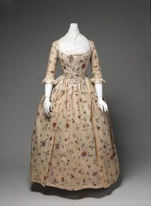 A robe a l'anglaise, with a matching petticoat, from MET Museum.