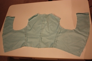 The side seams have been sewn and now the outer is attached to the lining.